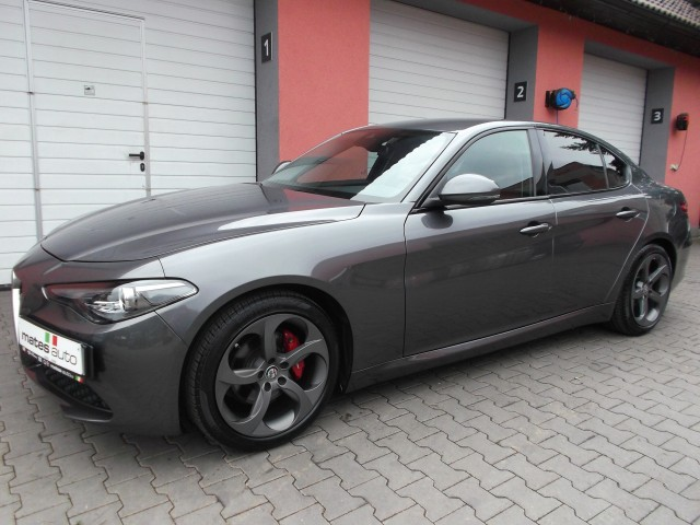 Alfa Romeo Giulia-2.0 Turbo 16V 147kW AT8