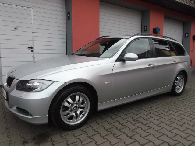 BMW 320d e91 Touring 120kW PANORAMA