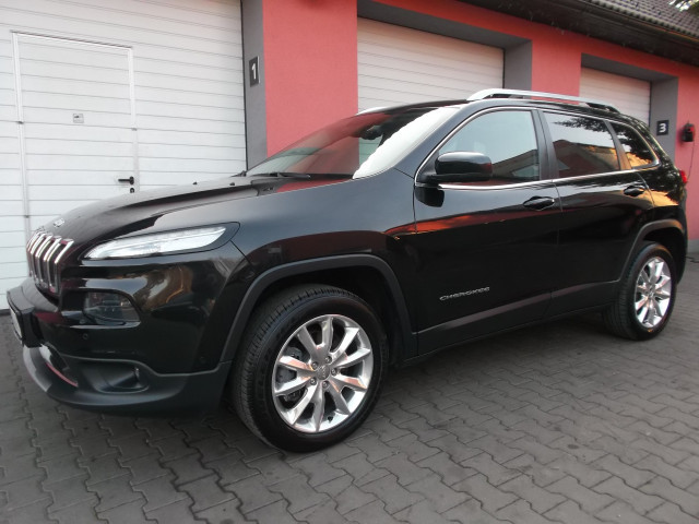 Jeep Cherokee Limited 4WD-2.0 Multijet 16V 103kW PANORAMA (odpočet DPH)